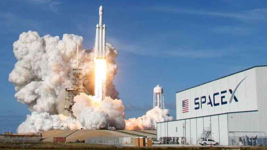 SpaceX Launching Four More Astronauts to International Space Station !! Check Out For More Details!